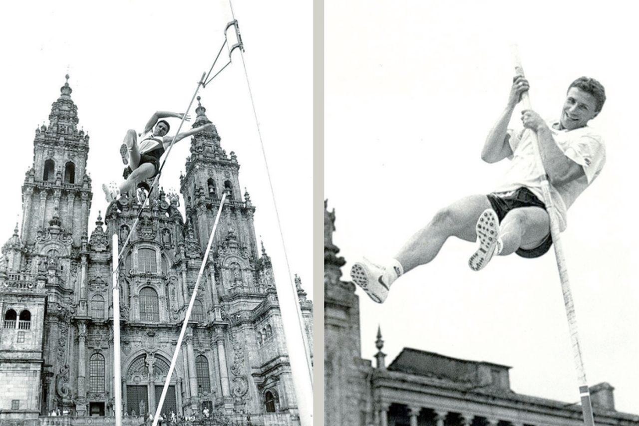 Sergei Bubka, durante la exhibición que se celebró en la Praza do Obradoiro el 22 de agosto de 1993 - FOTO: F. Blanco
