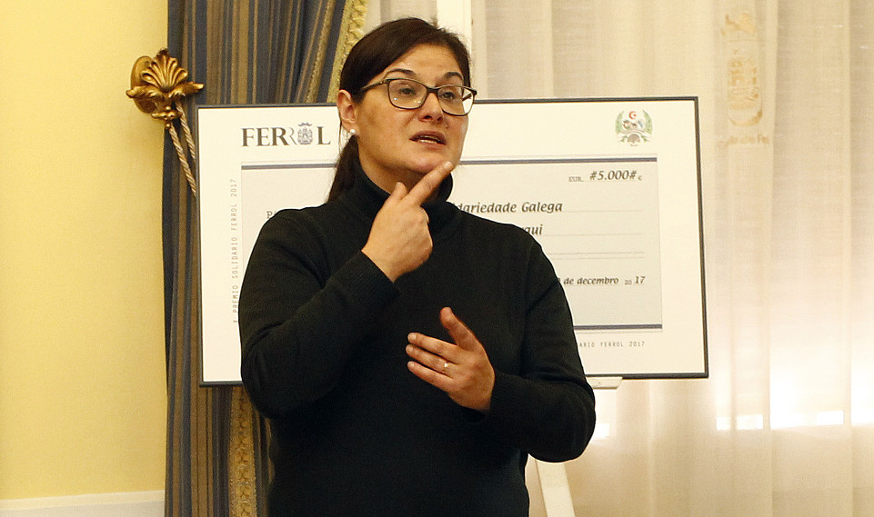 Unha das intérpretes que traballa coa asociación de Persoas Xordas de Ferrol  - FOTO: Kiko Delgado