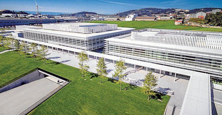 Los dos edificios que se culminaron en mayo dentro del proceso de ampliación de la sede central del grupo Inditex en Arteixo, que por su eficiencia en materia energética e hídrica opta a conseguir la prestigiosa certificación Leed Oro