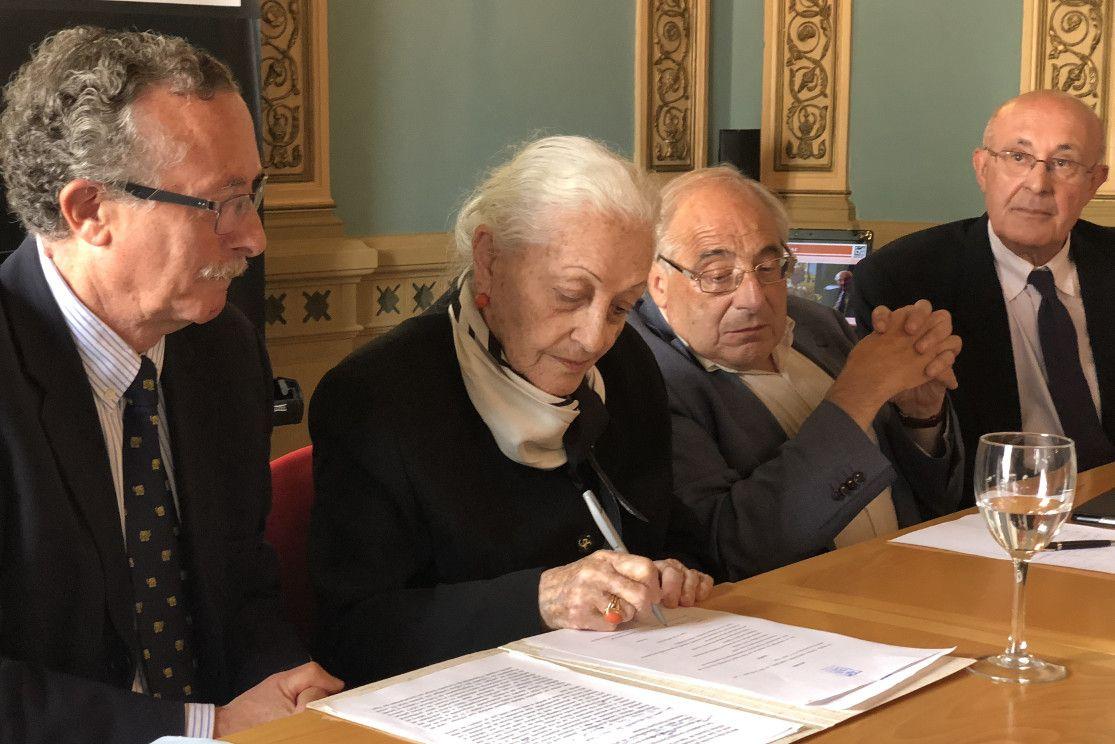 Manuel Puga, izquierda, con Teresa Fernández Cabaleiro, Cayetano Rodríguez y Franciso Domínguez - FOTO: M. Gimeno