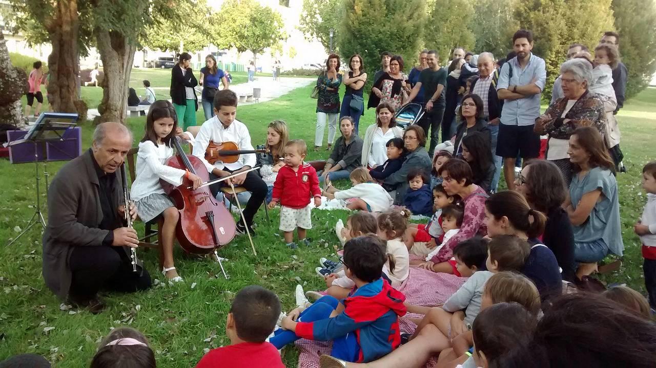 Concerto do Trío do Acivro na apertura de curso da Escola Infantil Paparolo