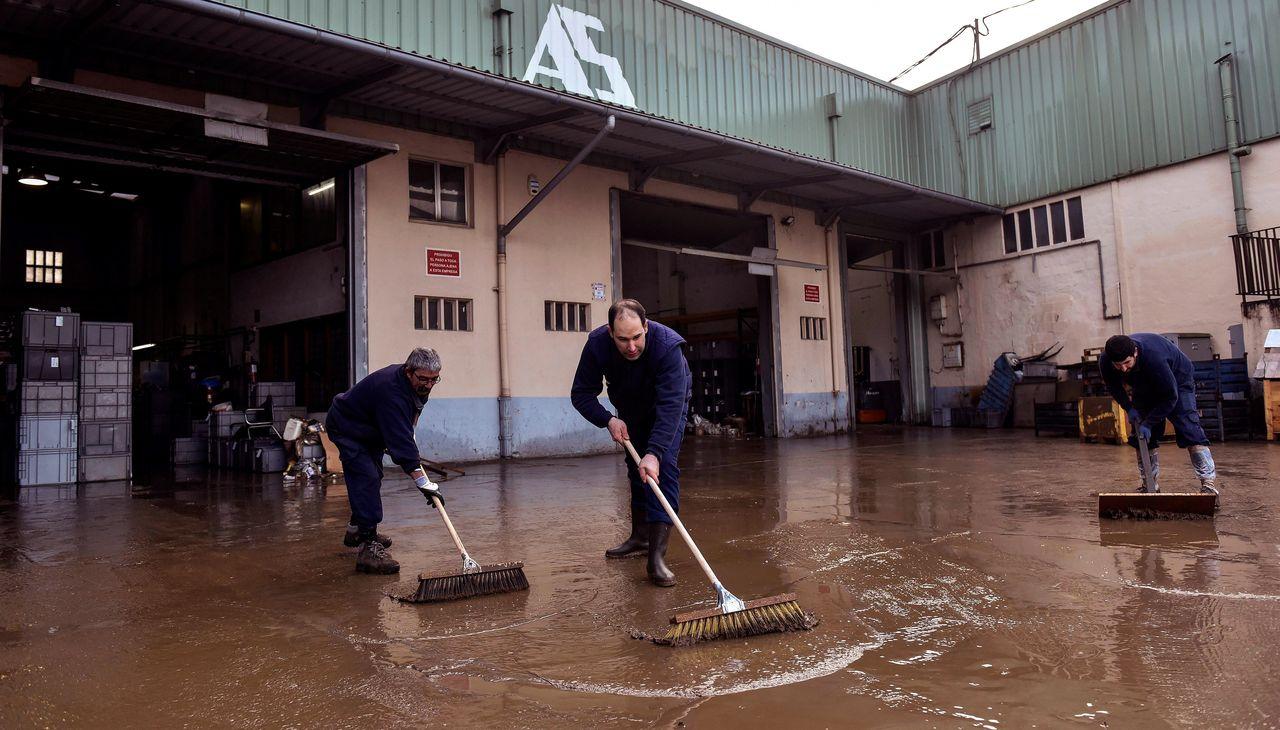 Inundaciones en Bizkaia por una tromba de agua