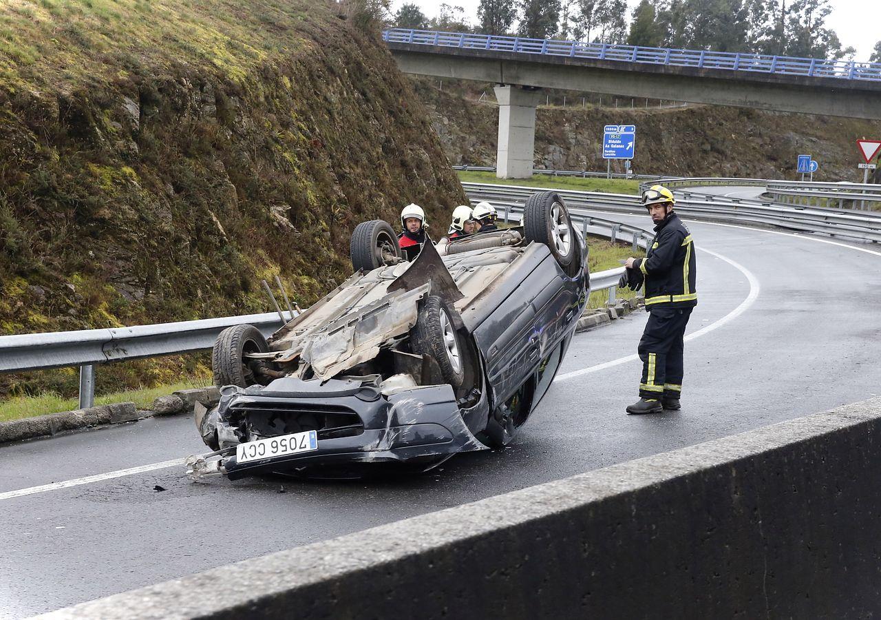 Accidente en la salida de la autovía de Noia a Santiago