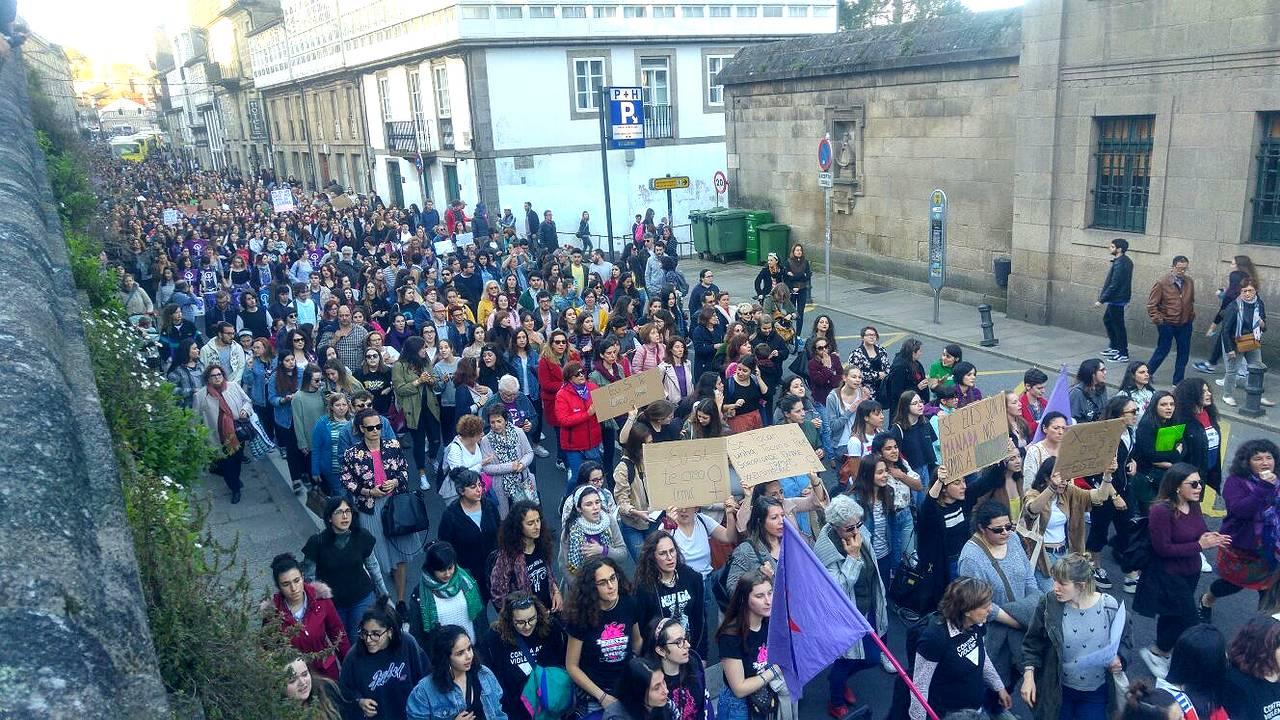 Manifestación en Compostela contra a sentenza á 'Manada'