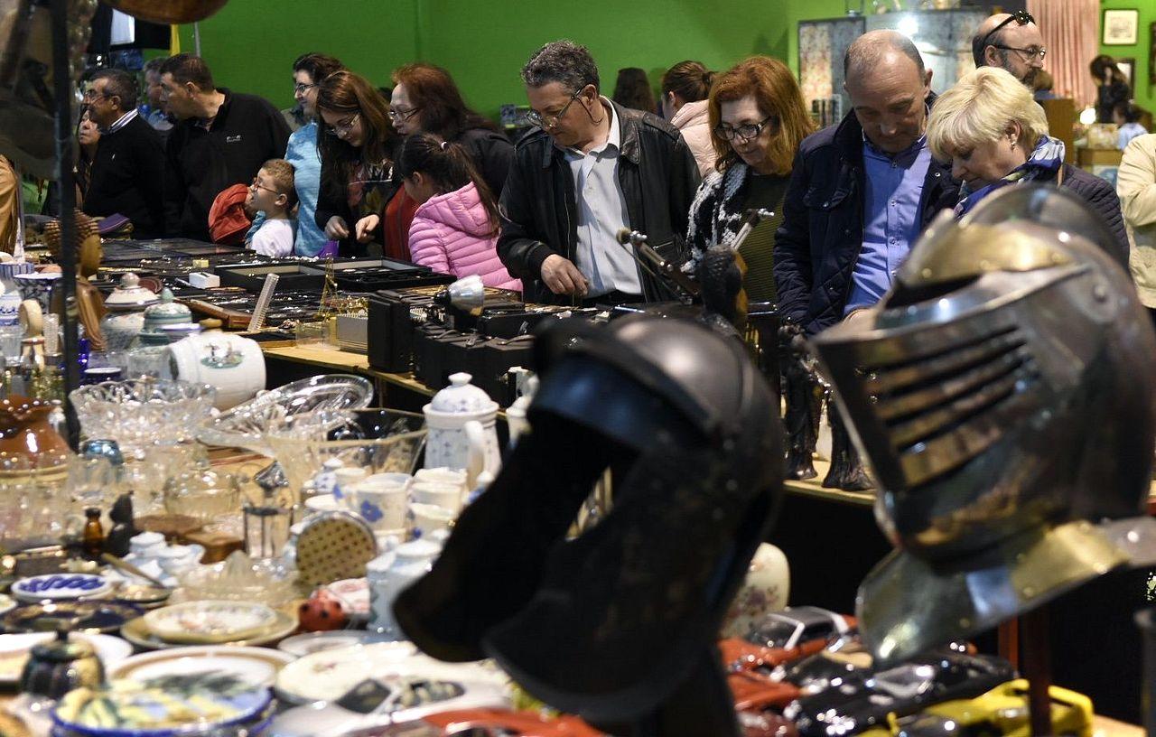 Feria de antigüedades en Padrón